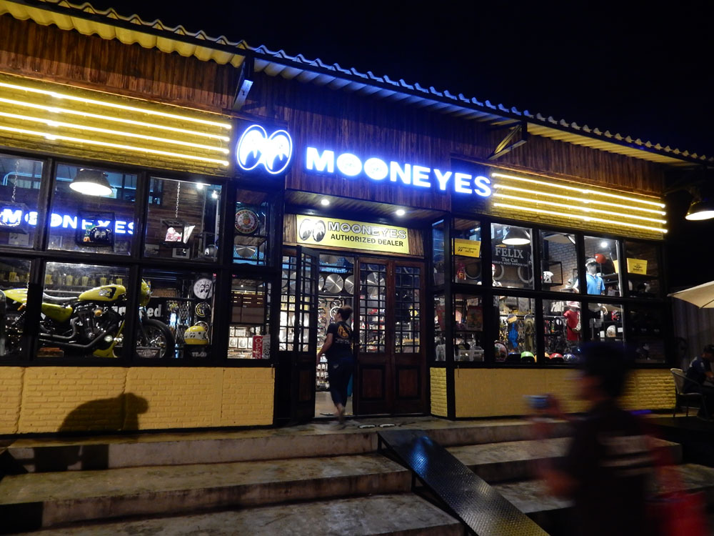 MOONEYES BKK in Thailand Trip Report!